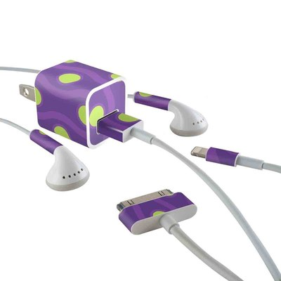 Apple iPhone Charge Kit Skin - Atomic