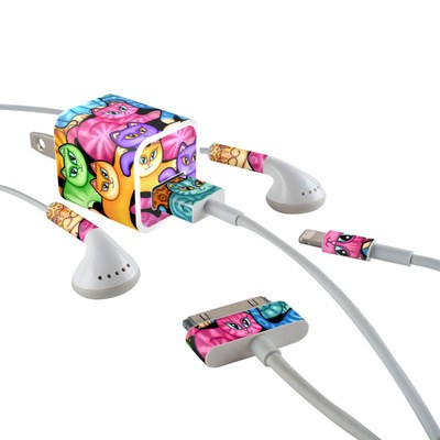 Apple iPhone Charge Kit Skin - Colorful Kittens