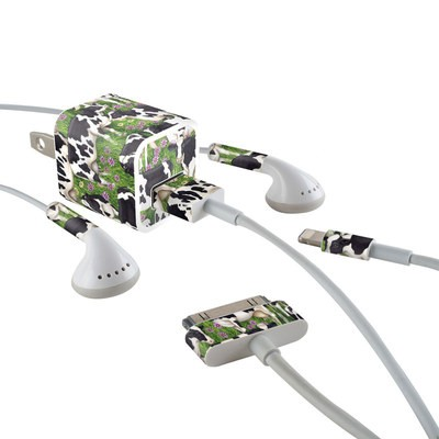 Apple iPhone Charge Kit Skin - Farm Cows