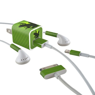 Apple iPhone Charge Kit Skin - Frog
