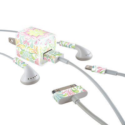 Apple iPhone Charge Kit Skin - Honeysuckle