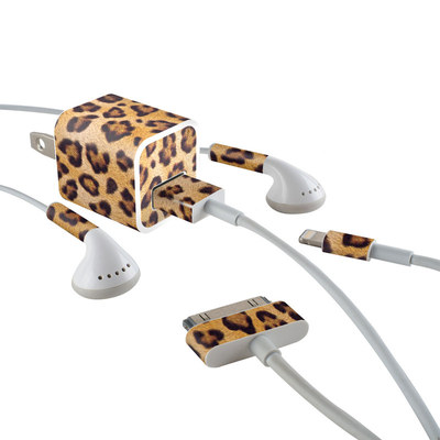 Apple iPhone Charge Kit Skin - Leopard Spots