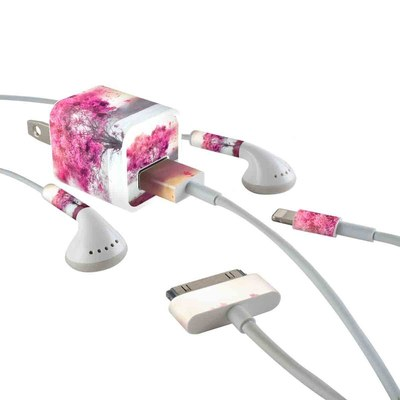 Apple iPhone Charge Kit Skin - Love Tree