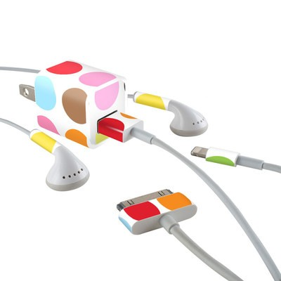 Apple iPhone Charge Kit Skin - Multidot