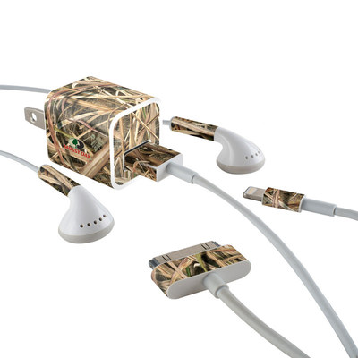 Apple iPhone Charge Kit Skin - Shadow Grass Blades