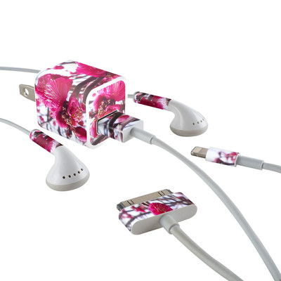 Apple iPhone Charge Kit Skin - Spring In Japan