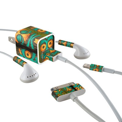 Apple iPhone Charge Kit Skin - Tiki Abu
