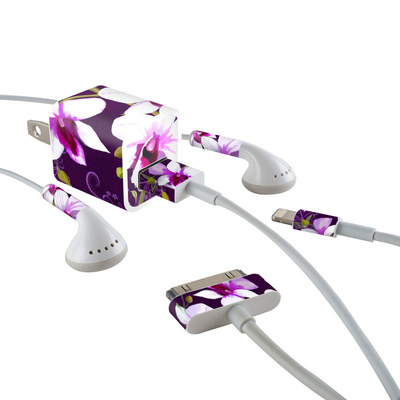 Apple iPhone Charge Kit Skin - Violet Worlds