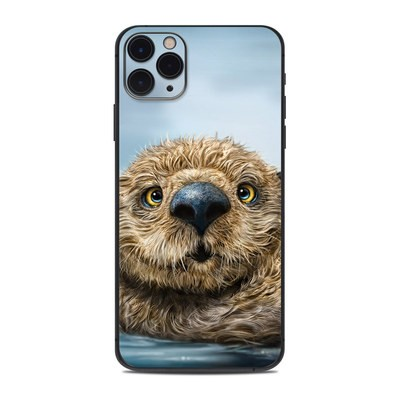 Apple iPhone 11 Pro Max Skin - Otter Totem
