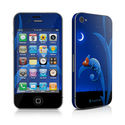 iPhone 4 Skin - Alien and Chameleon