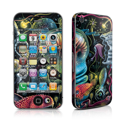 iPhone 4 Skin - Creatures