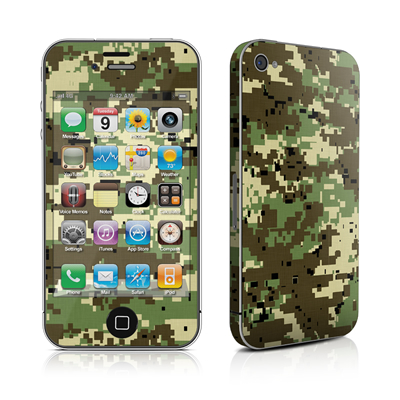 iPhone 4 Skin - Digital Woodland Camo