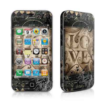 iPhone 4 Skin - Love's Embrace