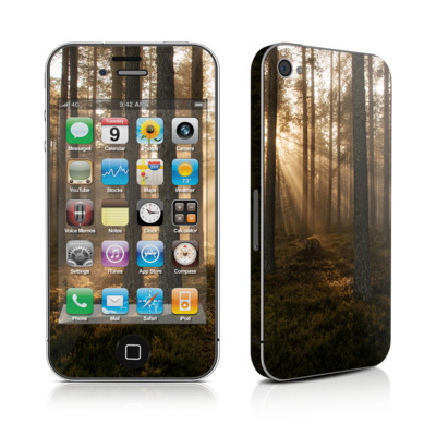 iPhone 4 Skin - Misty Trail