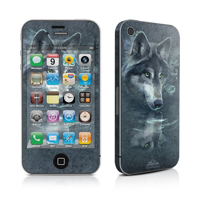 iPhone 4 Skin - Wolf Reflection