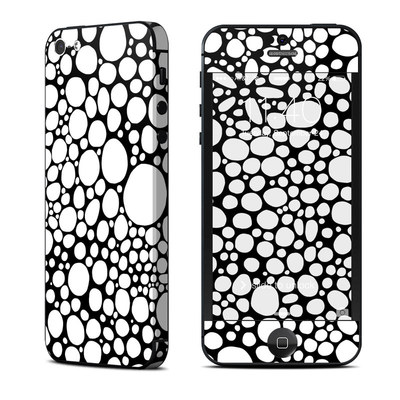 Apple iPhone 5 Skin - BW Bubbles