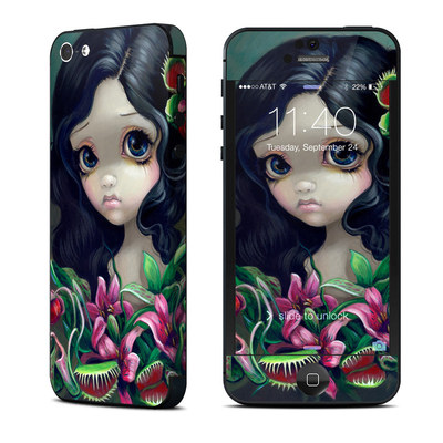 Apple iPhone 5 Skin - Carnivorous Bouquet