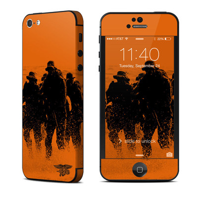 Apple iPhone 5 Skin - Charge