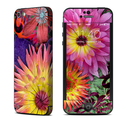 Apple iPhone 5 Skin - Cosmic Damask