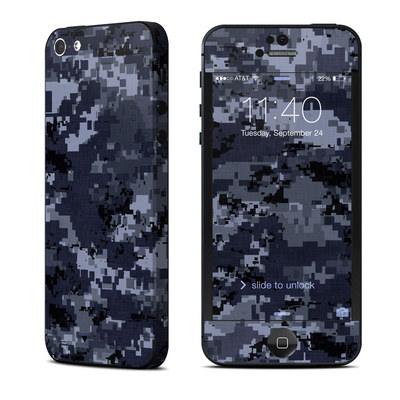 Apple iPhone 5 Skin - Digital Navy Camo