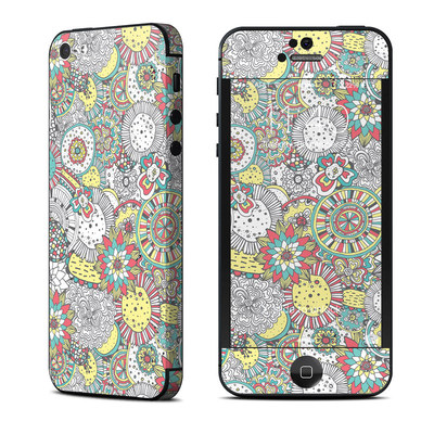 Apple iPhone 5 Skin - Faded Floral