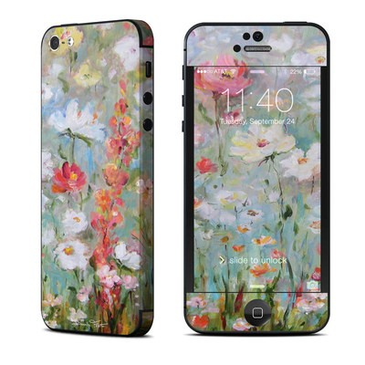 Apple iPhone 5 Skin - Flower Blooms