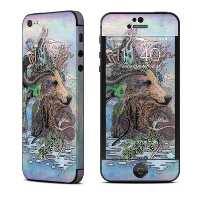 Apple iPhone 5 Skin - Forest Warden