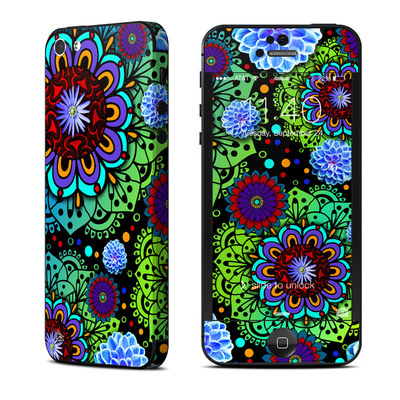 Apple iPhone 5 Skin - Funky Floratopia