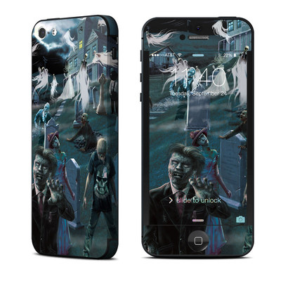 Apple iPhone 5 Skin - Graveyard