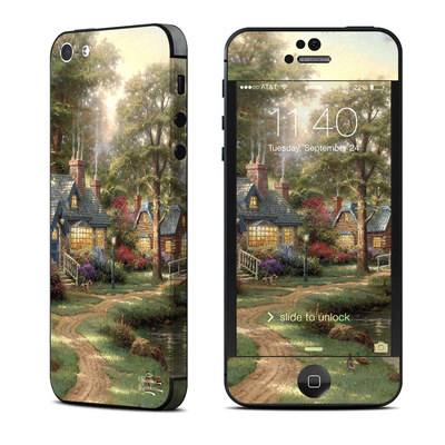 Apple iPhone 5 Skin - Hometown Lake