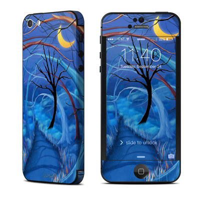 Apple iPhone 5 Skin - Ichabods Forest