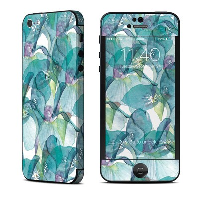 Apple iPhone 5 Skin - Iris Petals