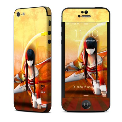 Apple iPhone 5 Skin - Kokeshi 4