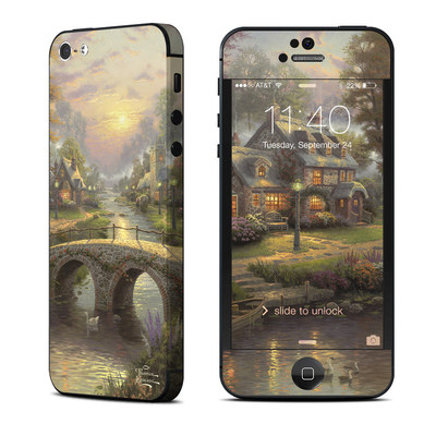Apple iPhone 5 Skin - Sunset On Lamplight Lane