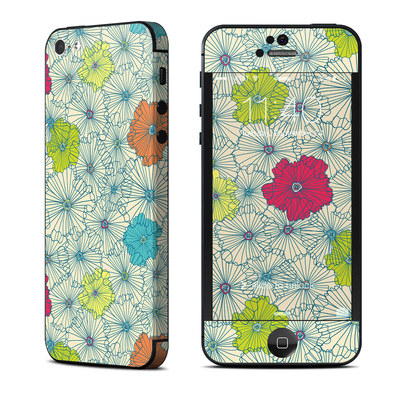 Apple iPhone 5 Skin - May Flowers