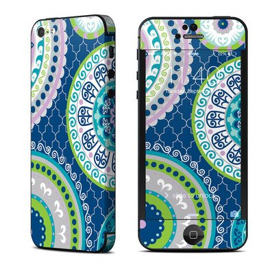 Apple iPhone 5 Skin - Medallions