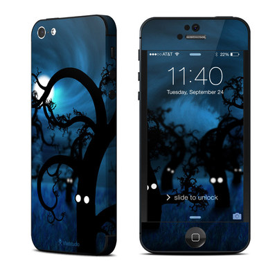 Apple iPhone 5 Skin - Midnight Forest