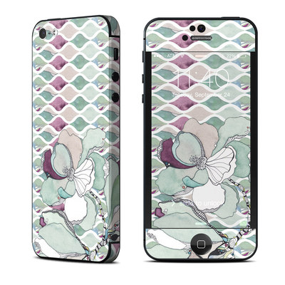 Apple iPhone 5 Skin - Nouveau Chic