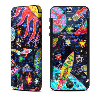 Apple iPhone 5 Skin - Out to Space