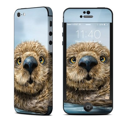 Apple iPhone 5 Skin - Otter Totem