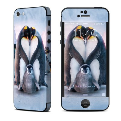 Apple iPhone 5 Skin - Penguin Heart