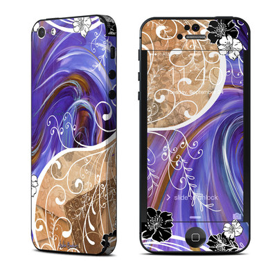Apple iPhone 5 Skin - Purple Waves