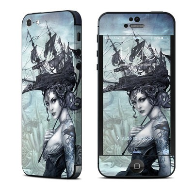 Apple iPhone 5 Skin - Raventide