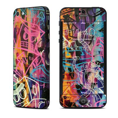 Apple iPhone 5 Skin - Robot Roundup