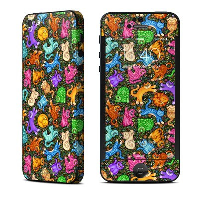 Apple iPhone 5 Skin - Sew Catty