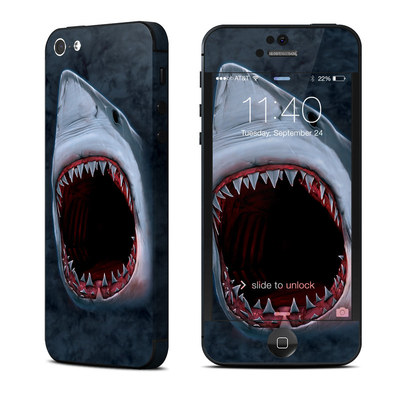 Apple iPhone 5 Skin - Shark