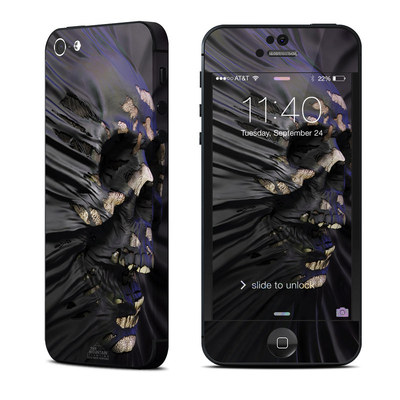 Apple iPhone 5 Skin - Skull Breach