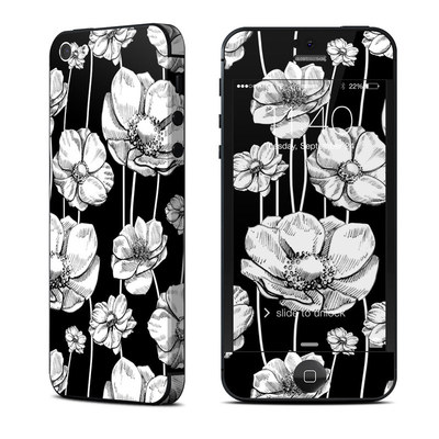 Apple iPhone 5 Skin - Striped Blooms