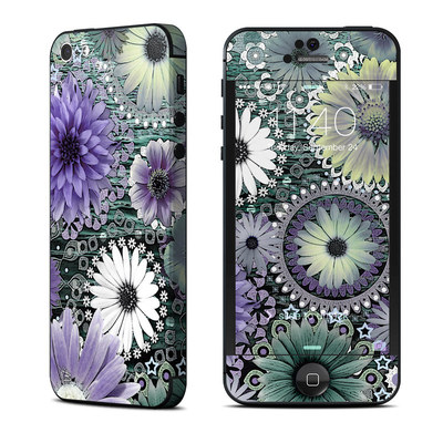 Apple iPhone 5 Skin - Tidal Bloom