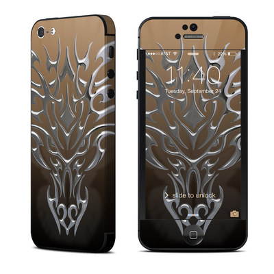 Apple iPhone 5 Skin - Tribal Dragon Chrome